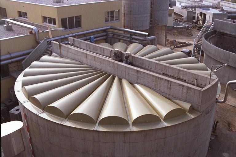 Erfahren Sie mehr über Industriebecken und Lagertanks